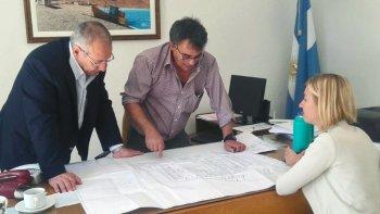 el ministro de salud de la provincia se reunio con directivos del hospital alvear