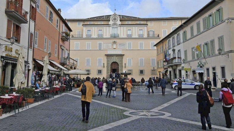 Vista exterior de los departamentos privados del Pontífice