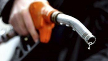 Tarifazo sin fin: piden otro aumento de la nafta.