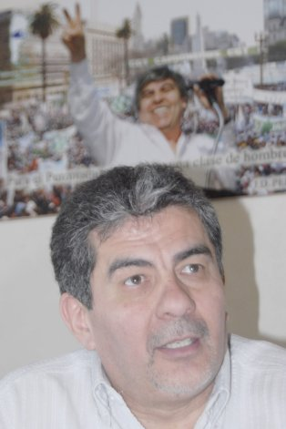 Jorge Taboada (ChST) votó a favor de la reforma electoral.