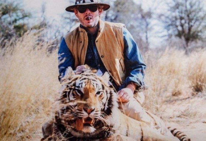 Violaron nuestra intimidad, dijo Garfunkel tras las fotos de la caza de animales con Vannucci