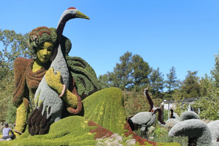 Las atractivas figuras que le han dado fama mundial se reparten en un terreno de más de 70 hectáreas.