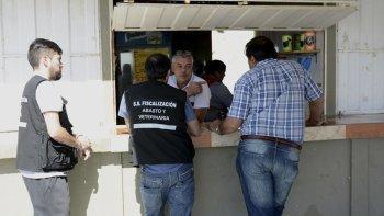 Los controles realizados ayer en los stands de frutos del mar en Caleta Córdova.