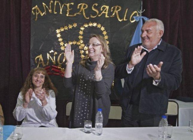 La gobernadora Alicia Kirchner estuvo acompañada en la mesa de cabecera por el presidente del Consejo de Educación
