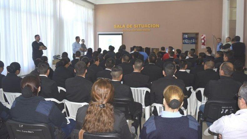 La presentación del sistema SIBIOS realizada en la sede de la Jefatura de Policía en Rawson.
