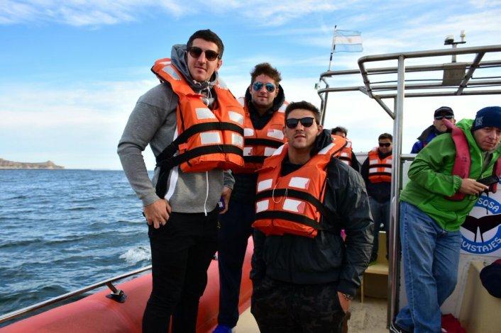 Los Pumas visitaron Madryn y conocieron las ballenas