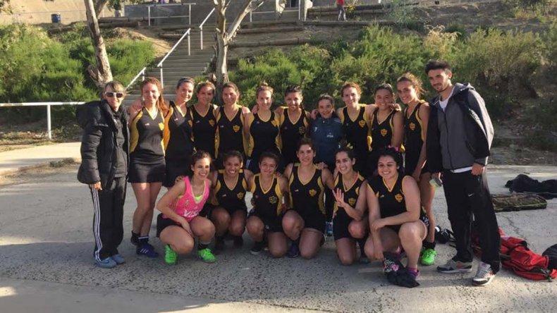 Las chicas de Náutico Rada Tilly continúan sólidas en el torneo Clausura de campo.