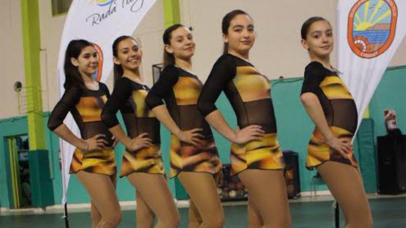 Las cinco patinadoras de Rada Tilly están listas para competir en Neuquén.