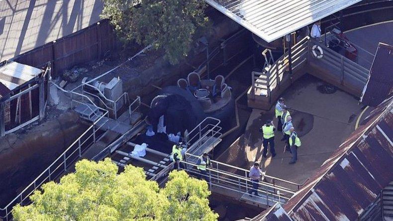Murieron cuatro personas en una montaña rusa de agua