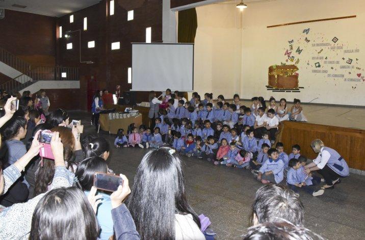 Los niños de nivel inicial conocieron distintos puntos de la ciudad y realizaron una muestra a partir de ese trabajo de campo.
