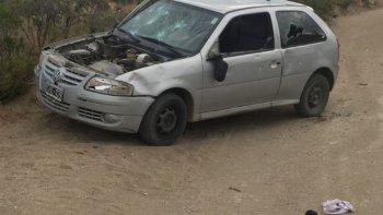 encontraron un auto robado en la bajada de los palitos