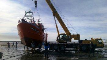 comenzo el operativo para botar al mar el primer buque pesquero creado en comodoro