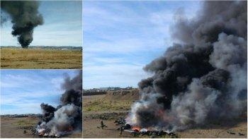 una quema de cubiertas en el kartodromo de km 9 movilizo a bomberos