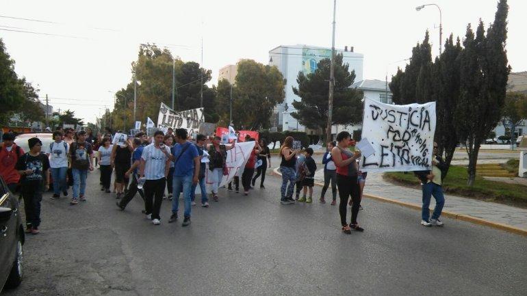 Unas 50 personas marcharon pidiendo justicia por Vidal