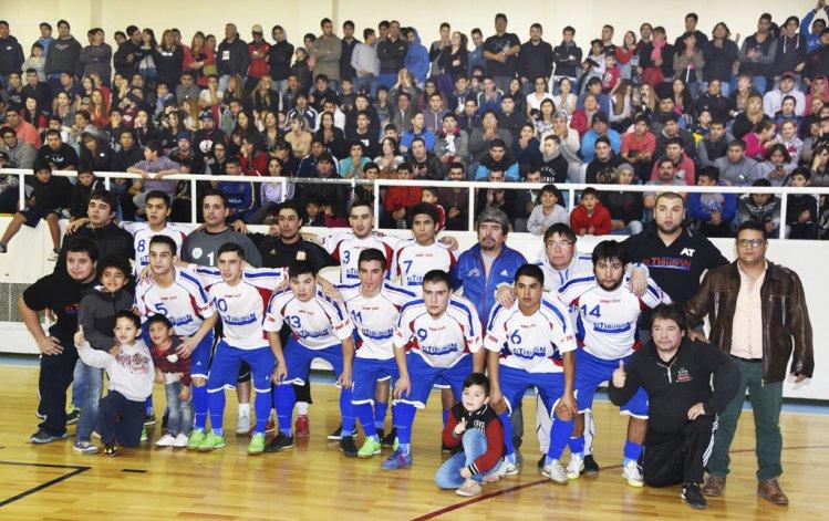 Auto Lavado El Tiburón es el otro equipo que jugará la División de Honor.