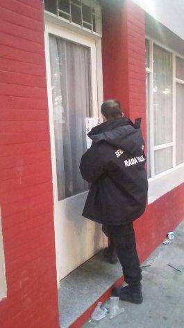 Personal de Seguridad Municipal de Rada Tilly clausura el lugar.