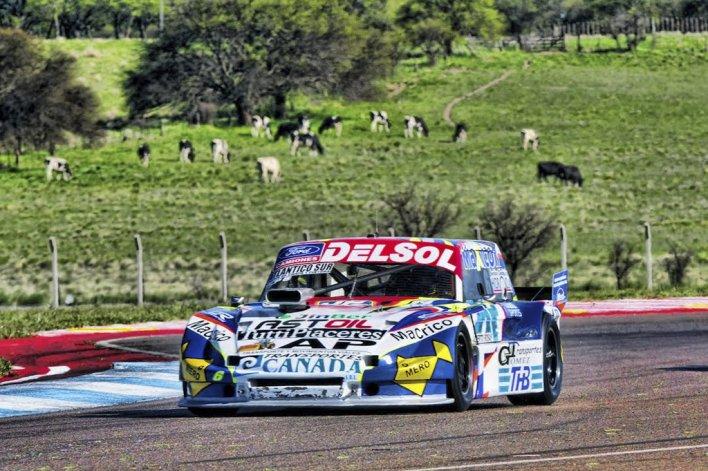 El Ford de Marcelo Agrelo que se ubicó quinto ayer en la primera serie del TC Pista.