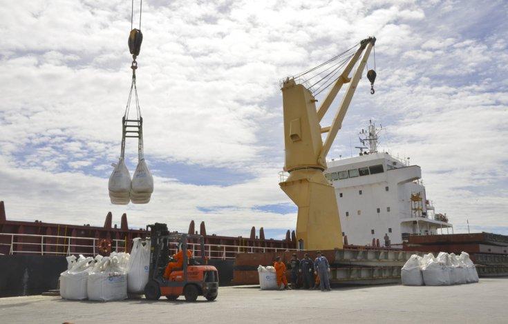 El Consejo Federal de Transporte y Portuario ratificó la obra del puerto de Comodoro Rivadavia como una de las prioritarias del Gobierno nacional.