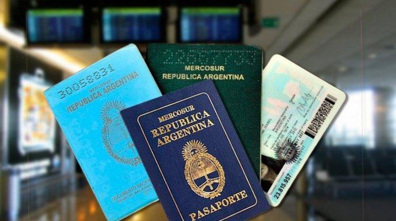 Los documentos que servirán a partir de mañana para viajar al exterior