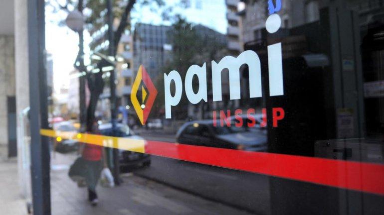 Finalmente los bioquímicos no cortarán las prestaciones a PAMI