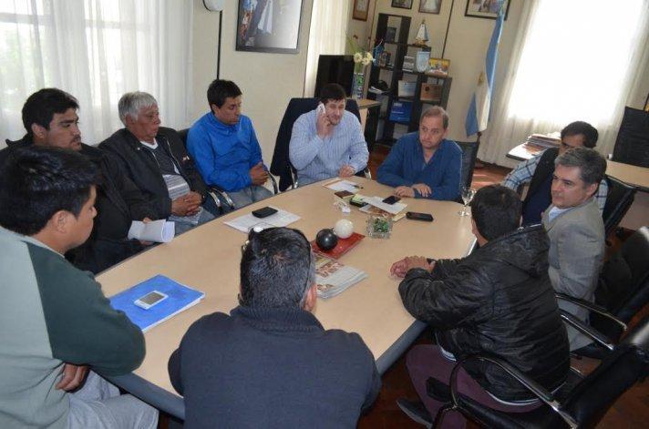 Guilford: viajarán a Buenos Aires en busca de ayuda para las más de 200 familias