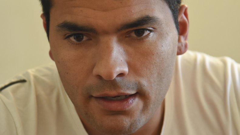 José Luis Alcaín sufrió una lesión que lo dejará afuera de las canchas hasta el año que viene.