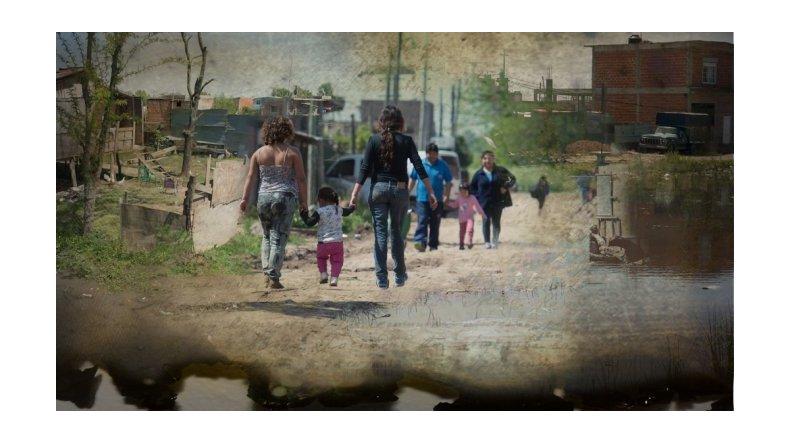Cerca de 3 millones de personas viven en villas en el país