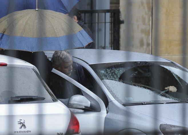 Julio De Vido presentó un escrito en Tribunales por supuesto fraude en el otorgamiento de obra pública.