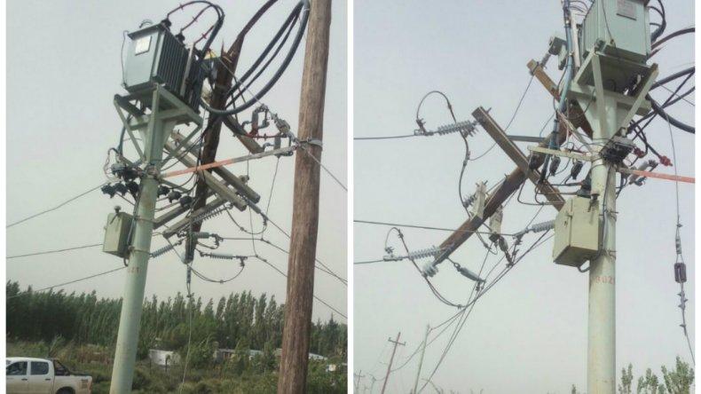 Destrozos en las antenas de Radio Esatación. Foto Inés vía WhatsApp