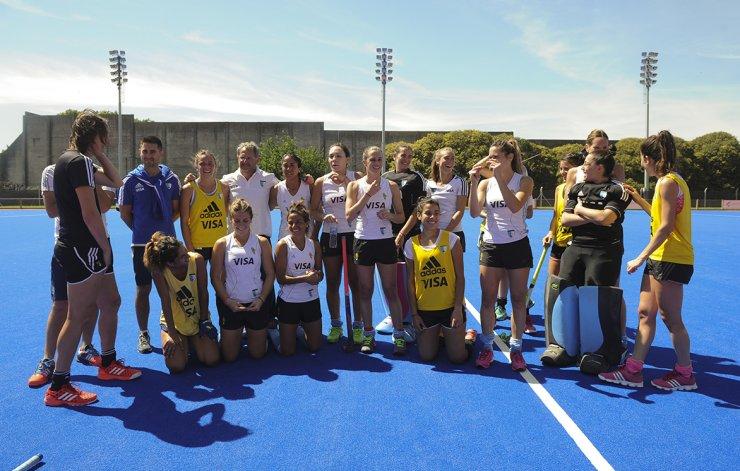 La selección argentina femenina de hóckey sobre césped regresó ayer al trabajo en el Centro Nacional de Alto Rendimiento Deportivo.