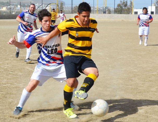 Rada Tilly viene de golear 5-1 a Manantiales Behr de Ciudadela.