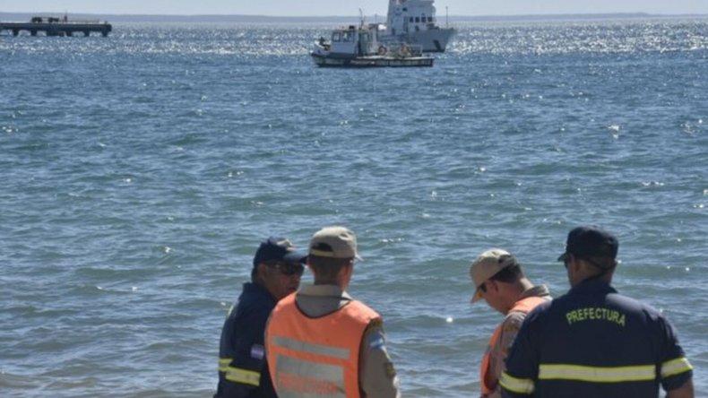 Continúa la búsqueda del profesor desaparecido en el mar