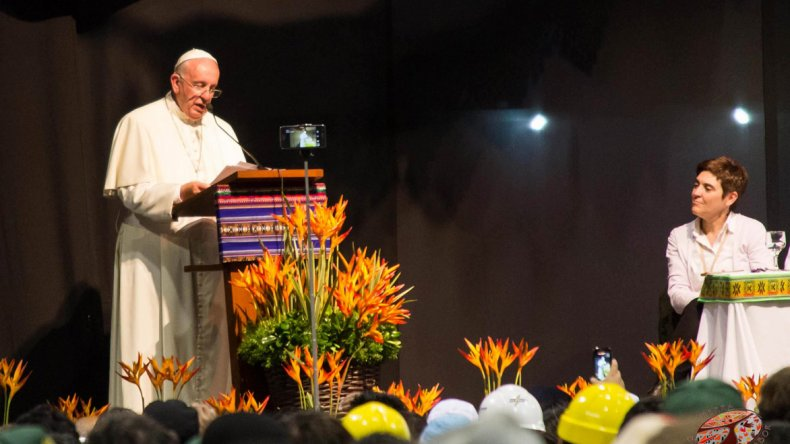 El Papa en el cierre del Encuentro Mundial de Movimientos Populares en el Vaticano.