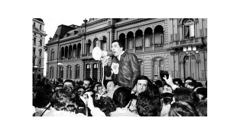 Saúl Ubaldini encabezó la movilización realizada el 7 de noviembre de 1981.