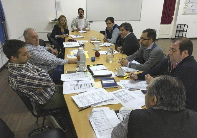 Los concejales se reunieron ayer con los representantes de Comodoro Conocimiento.