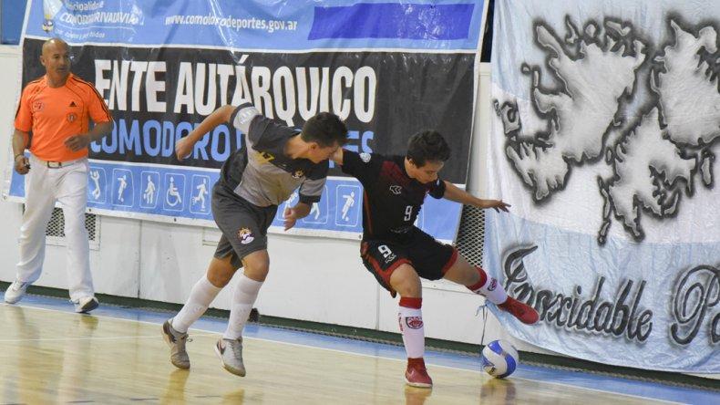 Metropolitana derrotó 2-0 a Mendoza en uno de los partidos de la primera fecha del Campeonato Argentino de Cadetes.
