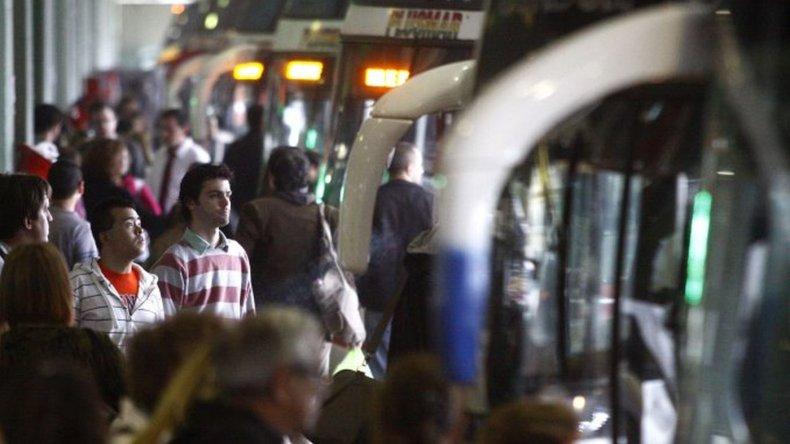 Los pasajeros deberán llevar DNI para viajar en micro