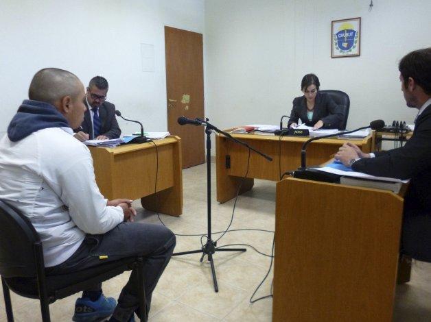 Jonathan Maximiliano Cárdenas fue beneficiado con una suspensión de juicio a prueba por el término de un año.