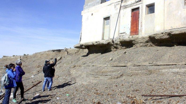 Funcionarias municipales realizaron un relevamiento en el paraje La Lobería