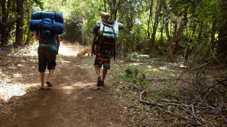 En la zona existen numerosos senderos para practicar trekking.