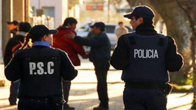 Allanamientos en Truncado y Caleta para esclarecer asalto