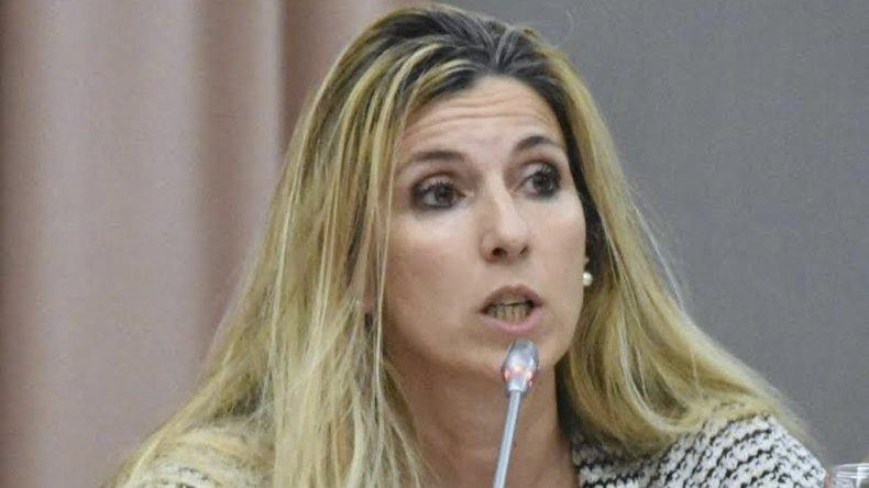 Jacqueline Caminoa