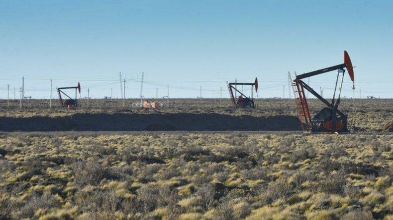 Un derrame de petróleo en el yacimiento de Manantiales Behr afectó 3.600 m2
