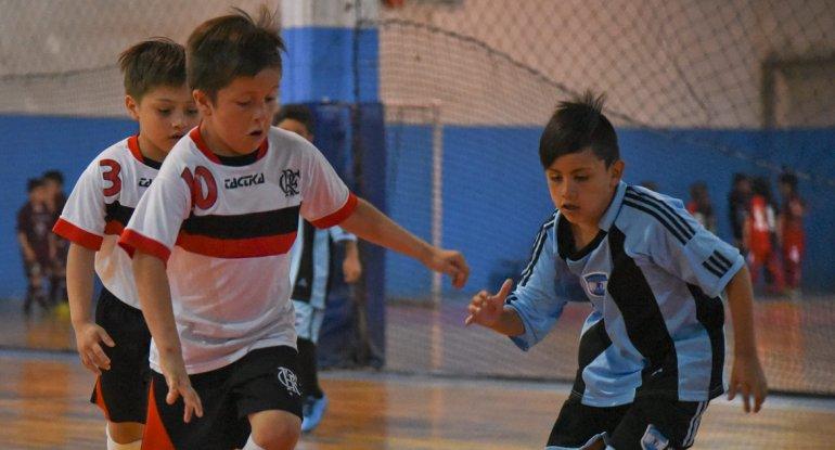 Los chicos disputaron una nueva jornada de fútbol de salón infantil en la sede de la CAI.