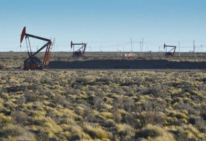 Abren un sumario por el derrame de 72 metros cúbicos de petróleo en un yacimiento de YPF
