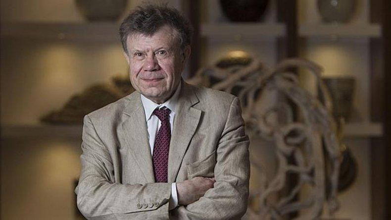 El historiador francés Roger Chartier brindará una serie de conferencias en Buenos Aires.