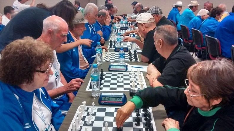 Los adultos mayores chubutenses tuvieron una destacada participación en la instancia nacional de los Juegos Evita que se desarrolló en Córdoba.