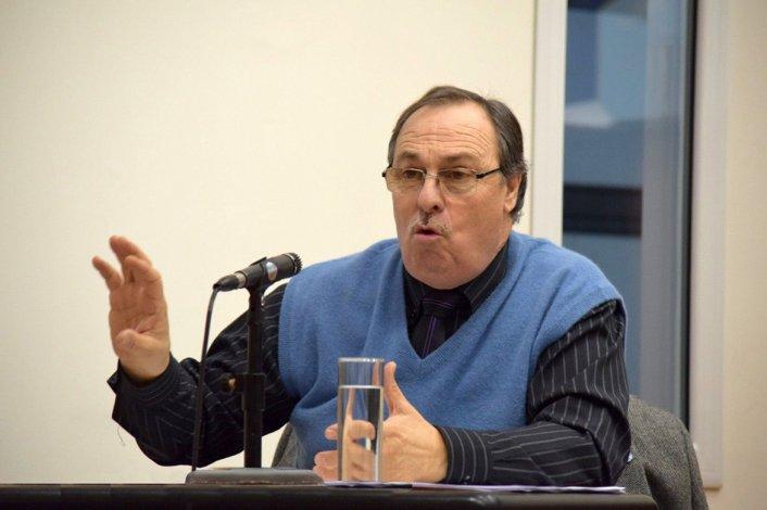 El concejal José Gaspar es quien preside la comisión que ha cometido tres groseros errores en el actual período legislativo.