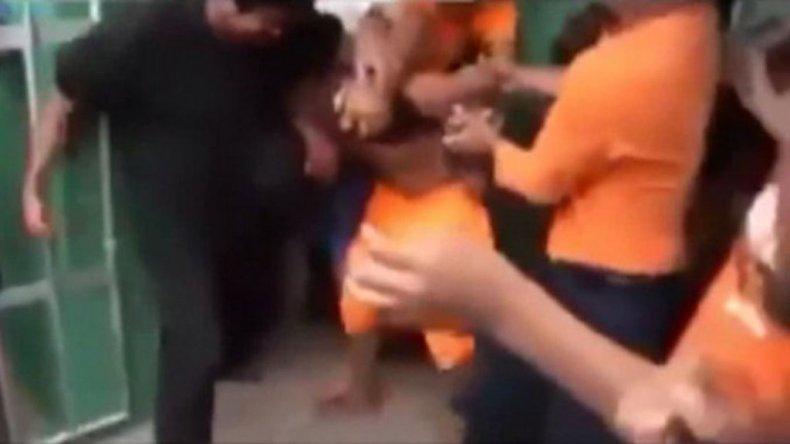 Una multitud linchó y ahorcó al abusador de una nena en Bolivia