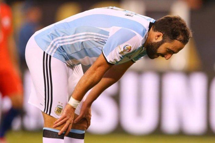 Higuaín rompió el silencio tras las críticas